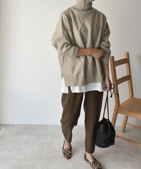 knit-02042 ウール混 ケーブル柄 タートルニットプルオーバー ベージュ モカ