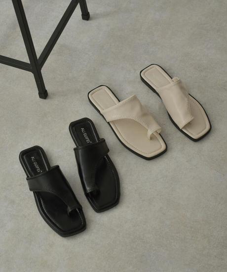 shoes-02130 サムトング スクエアトゥ フラット サンダル ブラック エクリュ