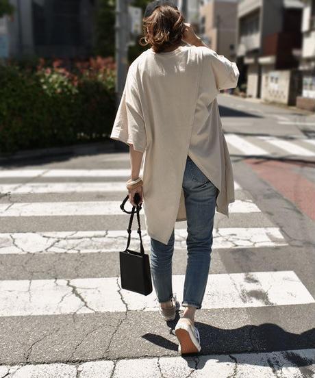 nh-tops-04001 日本製 バックスリット オーバーサイズTシャツ ベージュ