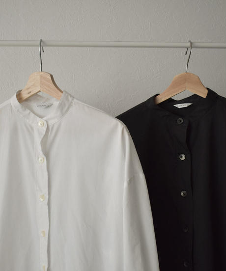 tops-04061 日本製 バンドカラー バックボリューム シャツ ホワイト ブラック