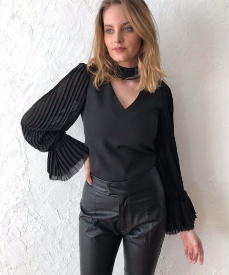 Pleats sleeve TOPS