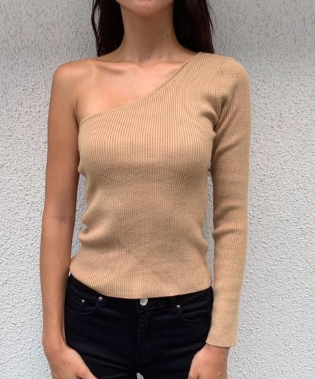 One sholder knit top