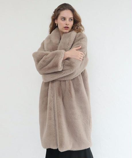 Airy volume Fur Coat
