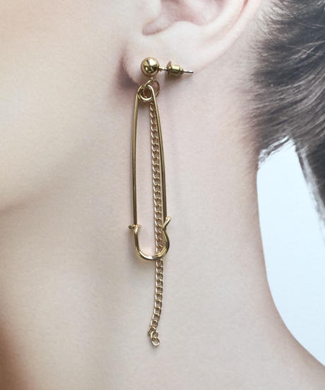 metal gold  pierce