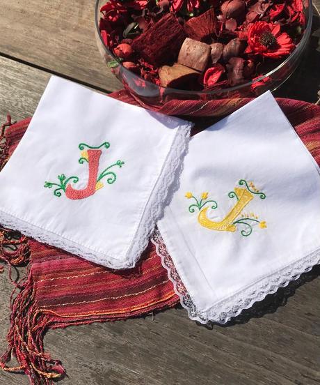 イニシャル 刺繍 レース ハンカチ(送料着払い)
