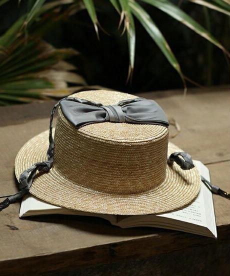ガーリースパイスクラウントップに大きいリボンストローカンカン帽