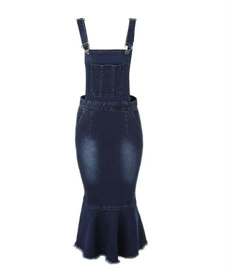 シルエットが綺麗なマーメイドデニムサロペットロングスカート