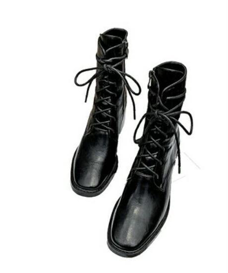 2タイプの素材レースアップナチュラルスクエアトゥミディ丈ブーツ