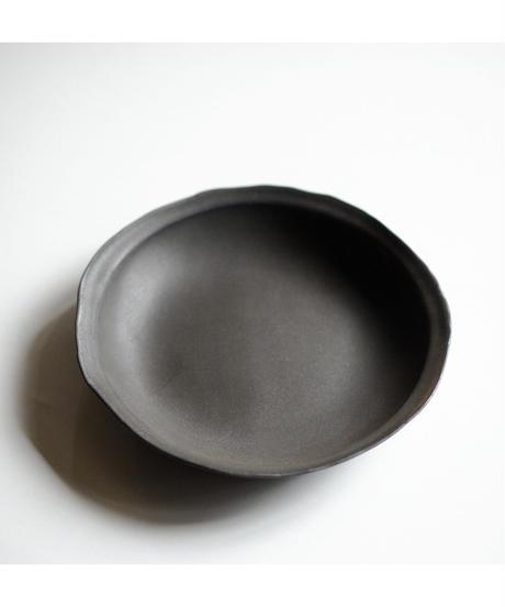 馬場勝文 / リム深鉢 - 黒釉