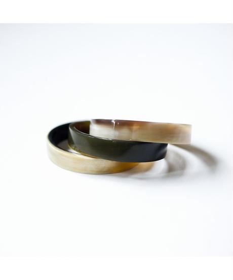 horn bangle 01 - shinny surface finished