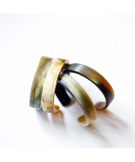 horn bangle 01 - mat surface finished