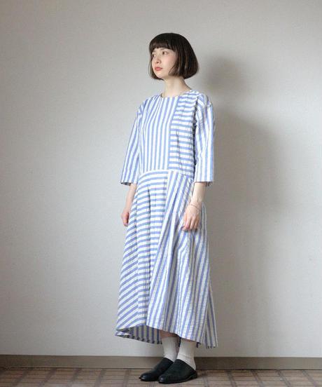 KaIKI /  シルク混サッカーストライプセパレートワンピース