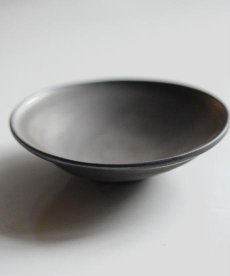馬場勝文 / アシンメトリー鉢 - 黒釉