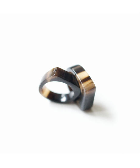 horn ring 06 / BROWN
