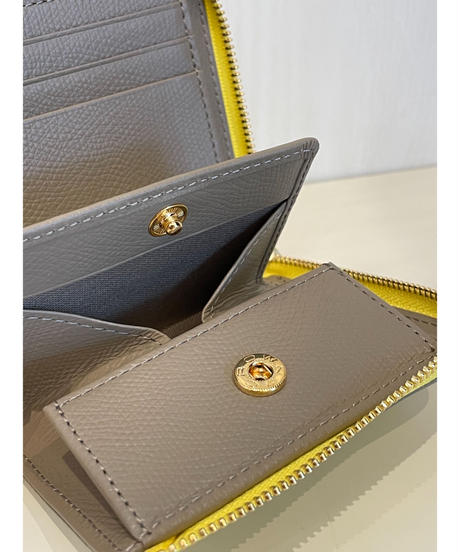 『VIOLADORO』二つ折りL字型財布    PORTA  V-5056