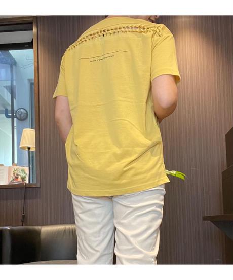 バックディテールが可愛い♡ロゴT
