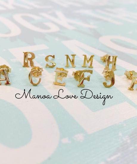 Manoa Love Design/10K Gold イニシャルピアス ($78➡︎30%off後 $54.60)