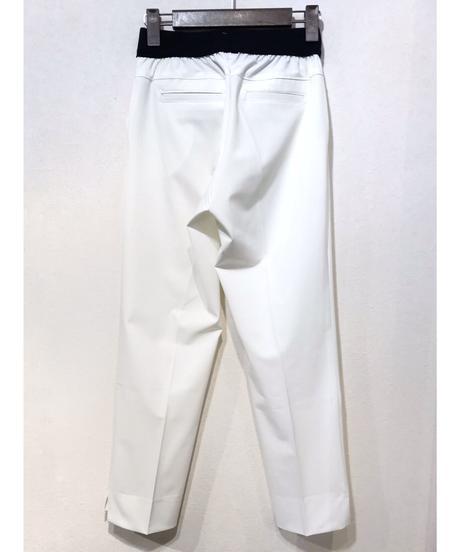 裾スリットテーパードパンツ ホワイト M/L