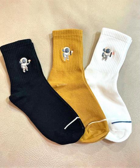 宇宙飛行士刺繍入りソックス ブラック/イエロー/ホワイト
