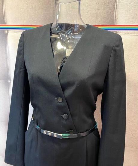 USED【CHANEL】ショートジャケットスーツ  ブラック  36