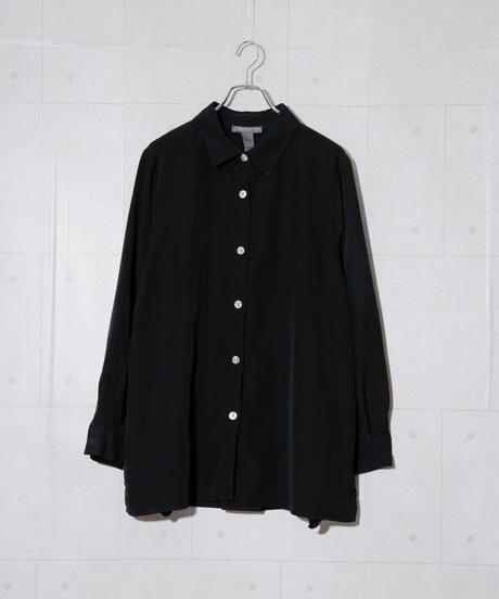 ドレープブラックシャツ