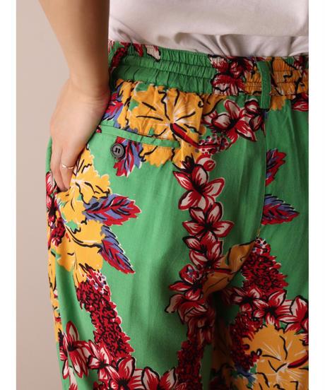 Hibiscus pattern pants