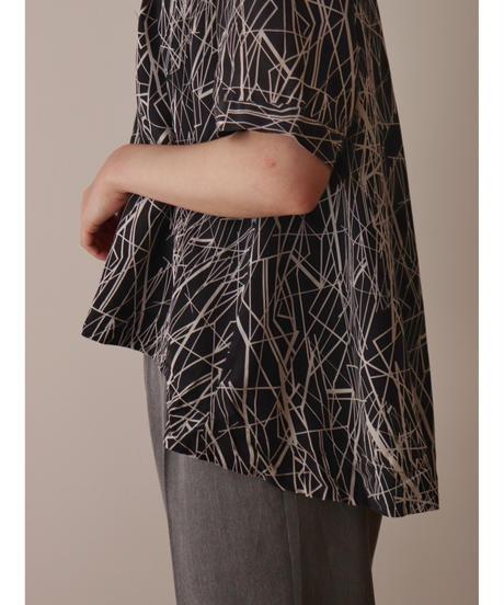 All  pattern pullover  shirt