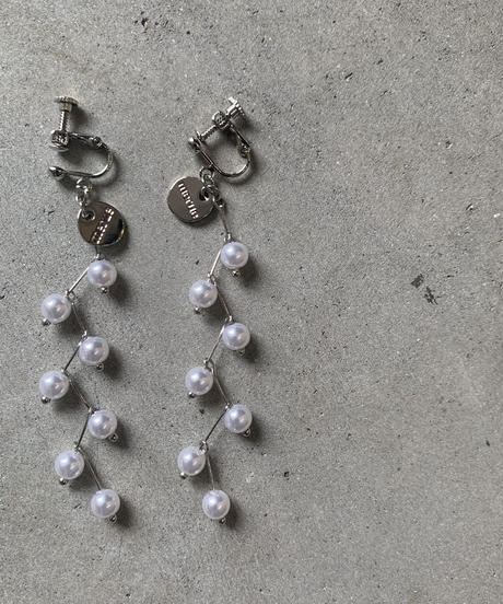 PEARL DESIGN PIERCE