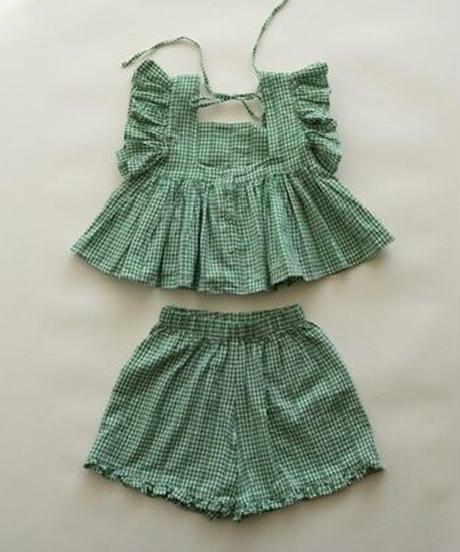 Plaid shorts (green)