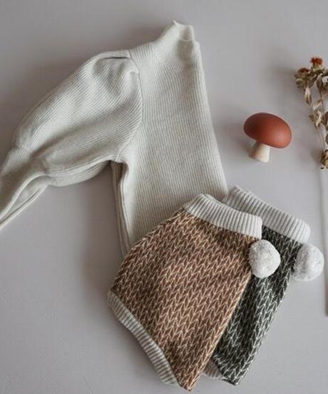 Puff sleeve sweater(White)