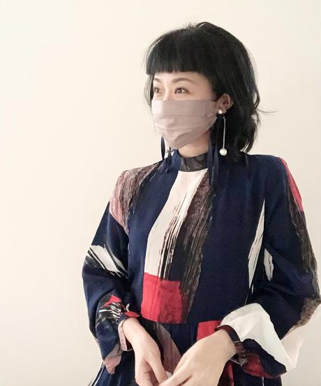 face dress  /GLOSS 002