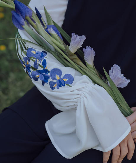 花を着るセットアップ / ブラウス【アイリス】