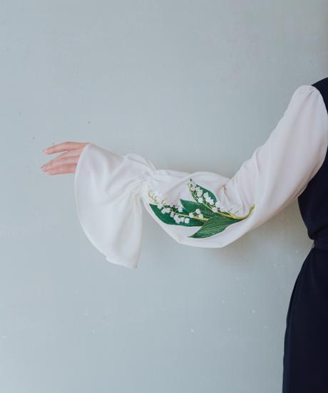 〈再販〉花を着るワンピース#02【鈴蘭】