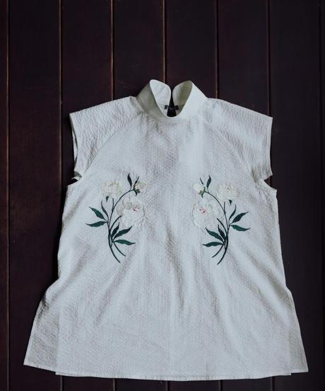 〈受注生産〉花を着るブラウス【芍薬】-white-