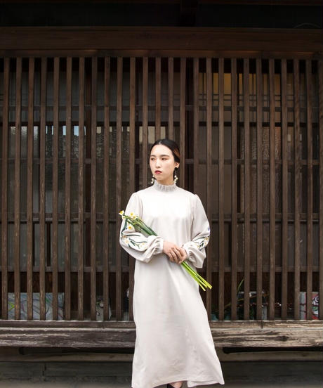 花を着るワンピース#03【水仙】-lightgray-