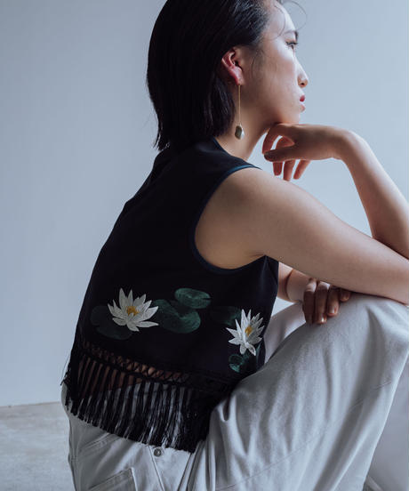花を着るブラウス#04【睡蓮】-short-