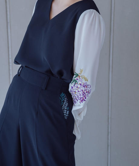 〈在庫販売〉花を着るセットアップ / ワイドパンツ