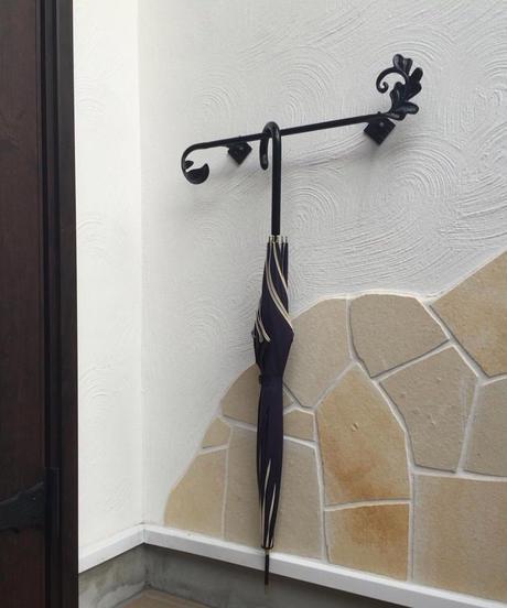 アルミ製 アカンサスの葉の傘かけ