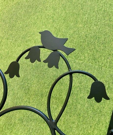 小鳥とすずらんの面格子(2)