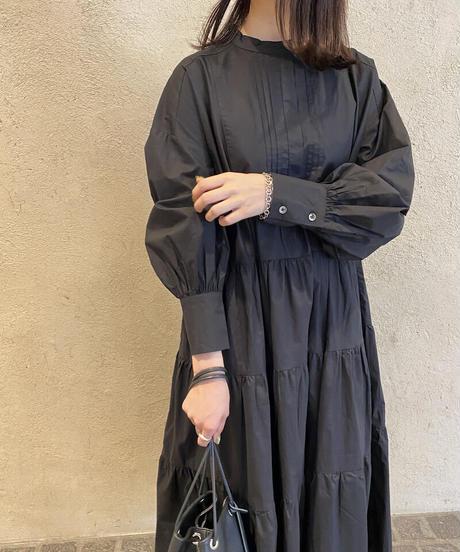 タック入りビブヨークティアードワンピース|O3021