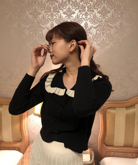 square collar cardigan