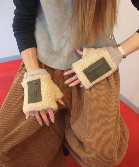 """""""SUBLIME""""Boa Fingerless Glove"""