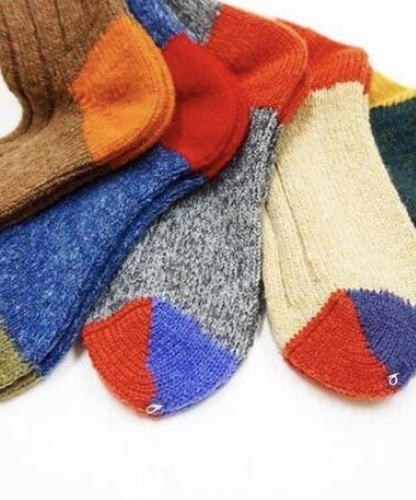 """Mauna Kea""Socks Wool 3-Sided Switching Socks"