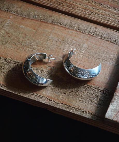 """""""NAVAJO"""" Stamp Work Silver Hoop Earring"""