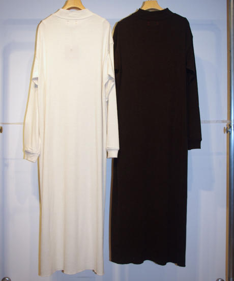 Ws unfil raw silk ribbed-jersey T-shirt dressシルクリブジャージーTドレス