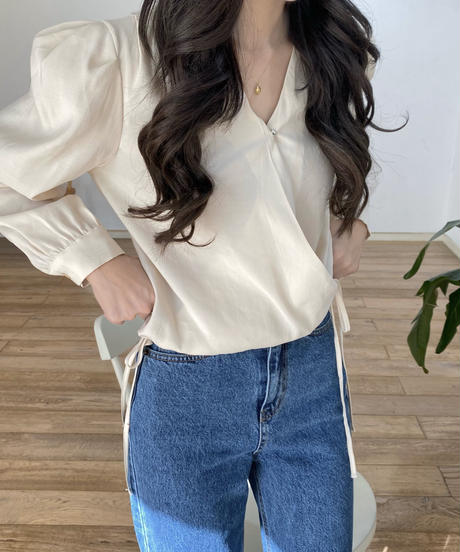 《予約販売》side ribbon wrap blouse (2color)