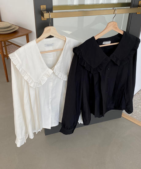 《予約販売》big collar frill blouse (2color)
