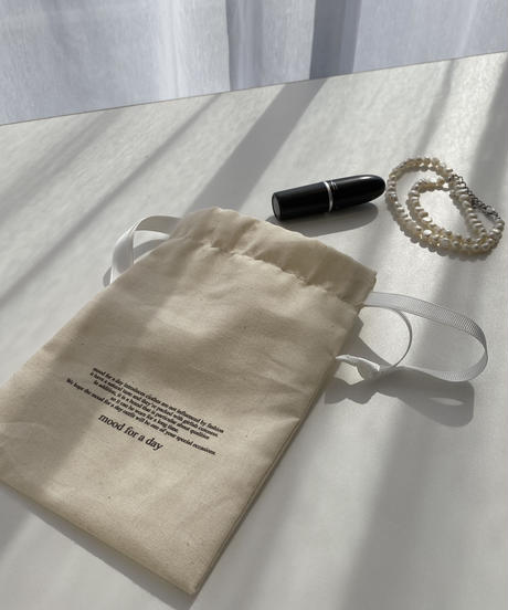 《mood for a day》original mini pouch