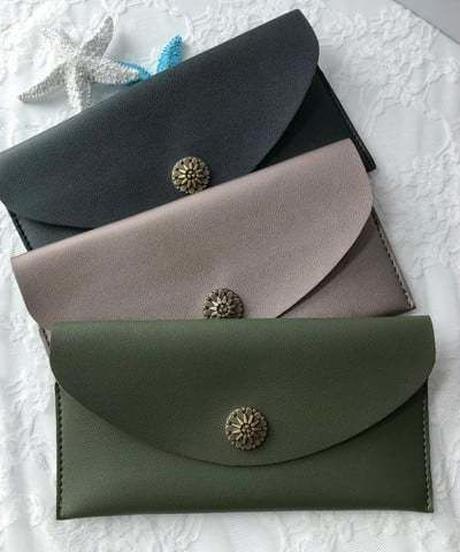 シンプル長財布