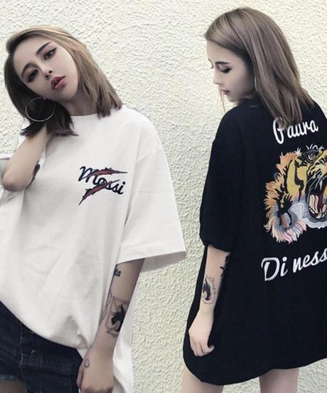 バックタイガープリントTシャツ